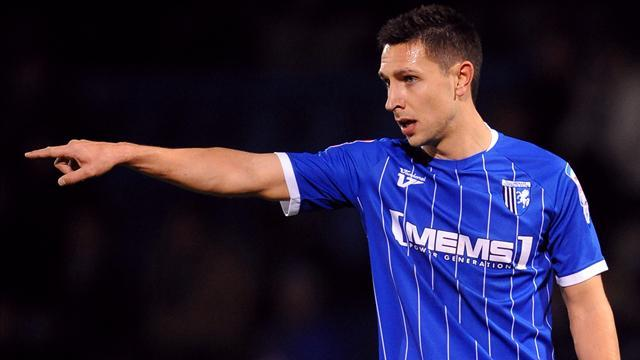 League One - Martin commits to Gills