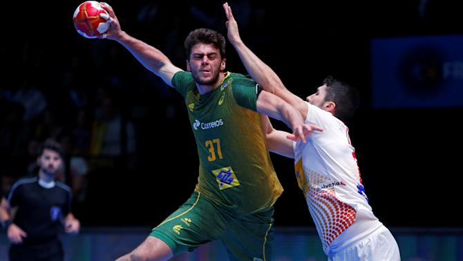 Men's Handball -  Spain v Brazil - 2017 Men's World Championship Second Round Eighth Finals