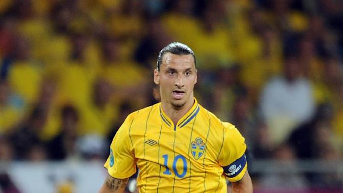 Sweden striker Zlatan Ibrahimovic has finalised his move to PSG