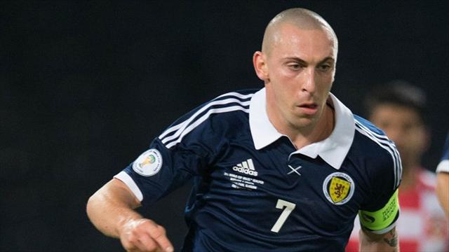 Scottish Football - Lennon hails Celtic duo's impact