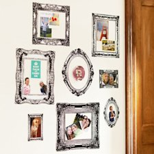 Wall décor (Photo: pbdorm.com)