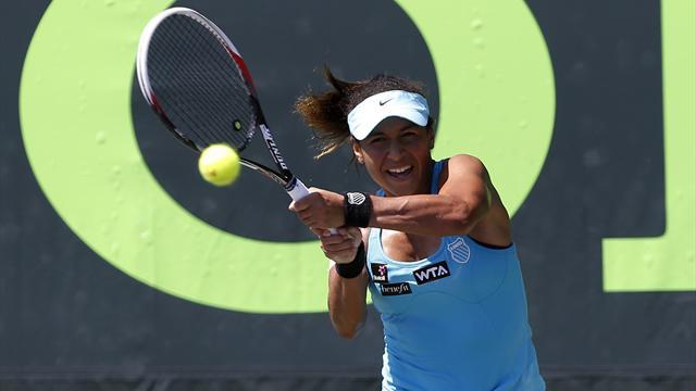 Tennis - Watson suffers first-round defeat in Miami