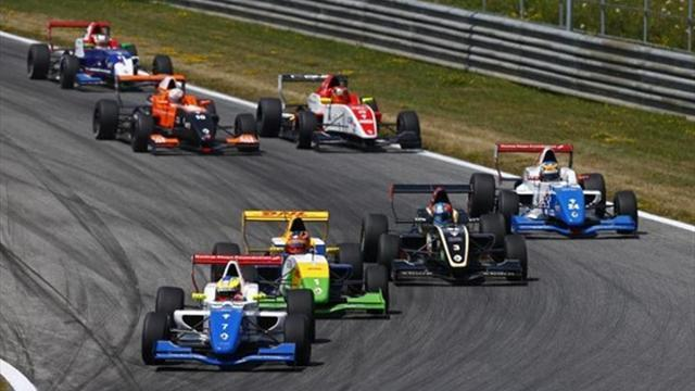 Formula Renault 2.0 - Rowland takes third victory of 2013