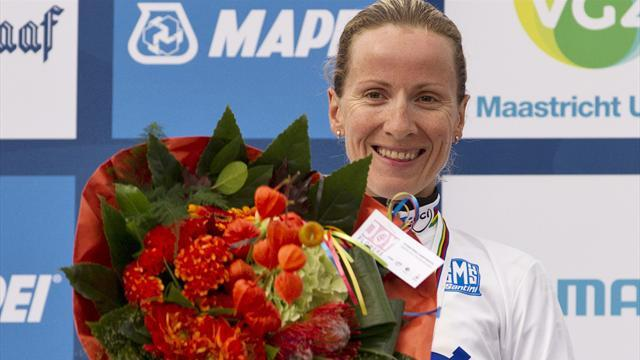 Arndt retains time trial world title