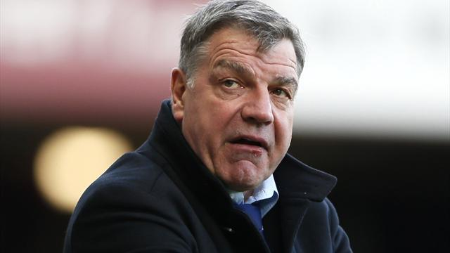 Premier League - Allardyce keeps job but loses power at West Ham