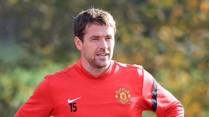Michael Owen has denied he is on the brink of a move to Everton