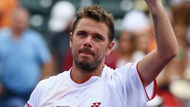Tennis - Wawrinka survives bumpy start in Miami
