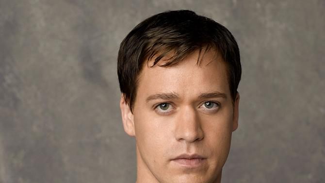2007 Emmy Awards: T.R. Knight nominated for Best Supporting Actor (Drama) for his role as George O'Malley in Grey's Anatomy.