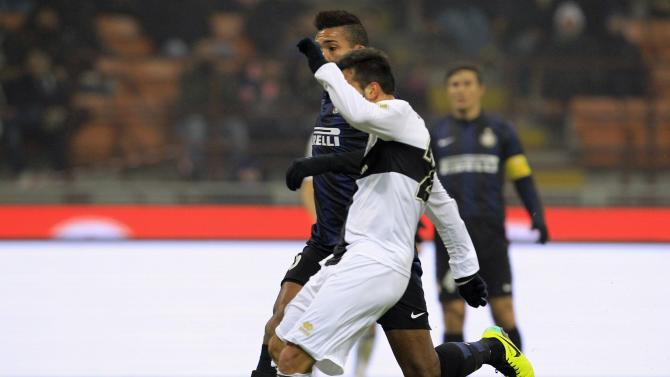 Parma's Sansone shoots to score against Inter Milan during their Italian Serie A soccer match at the San Siro stadium in Milan