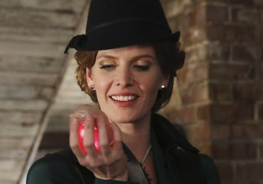 Once Upon a Time Stars, Creators Tease a Huge Decision, Big Reveals and… Dorothy's Intro?
