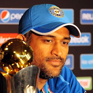 God not coming to save you; fight it out: Dhoni