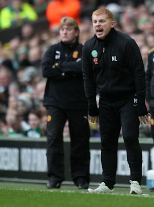 Neil Lennon (right)