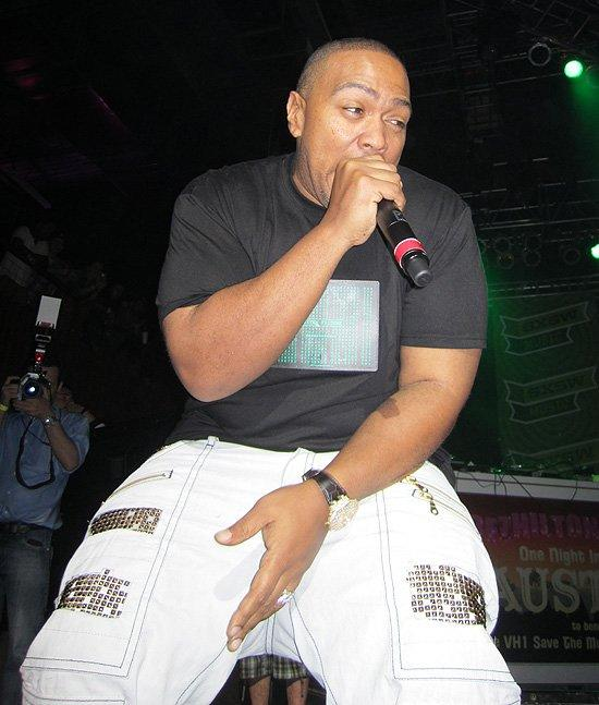 "Timbaland makes a special guest appearance during Dev's show to perform their single ""Break Ya Back"" and his own set of  ""Superfriends"" hits to an elated crowd. (Photo by Lyndsey Parker)"