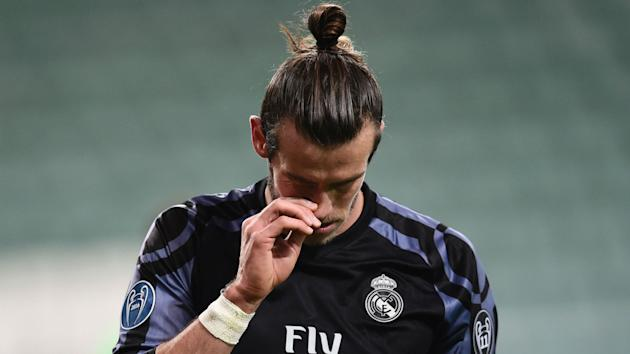 Gareth Bale is back in Real Madrid training but Zinedine Zidane has decided not to risk him for the meeting with Napoli.