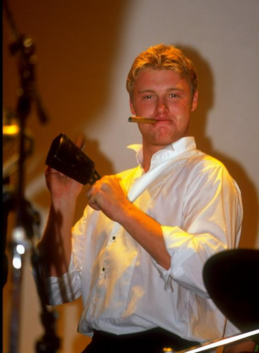 29 Sep 1999:  Andrew Flintoff of Lancashire and England helps with the band's percussion at the PCA Awards Dinner held at the Royal Albert Hall, London.  \ Mandatory Credit: Clive Mason /Allsp