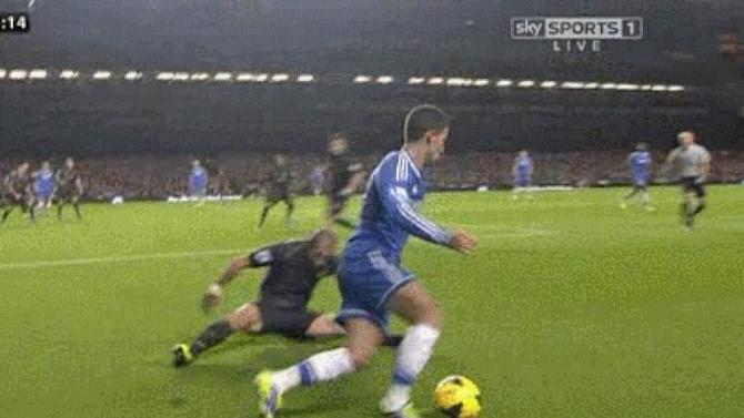 GIF: Hazard's mesmerising trickery leaves Zabaleta on his arse