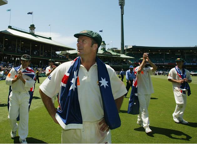 Steve Waugh does a lap of honour