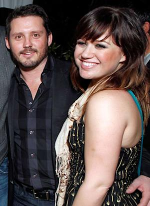 Kelly Clarkson: Inside Her Special Bond With Fiance Brandon Blackstock's Kids