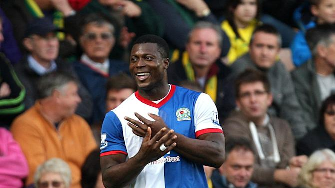 Ayegbeni Yakubu has signed a three-year deal with Guangzhou R&F