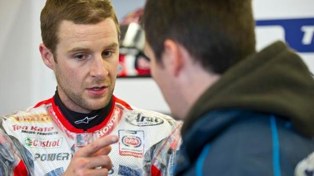 Superbikes - Nurburgring WSBK: Rea breaks leg, Camier also hospitalised