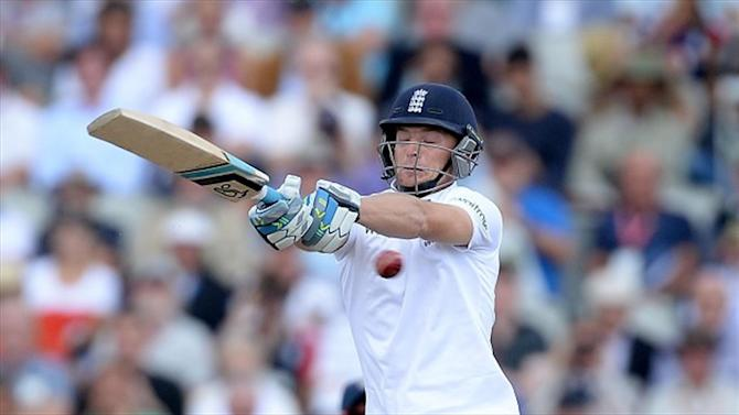 Cricket - England tighten grip on fourth Test
