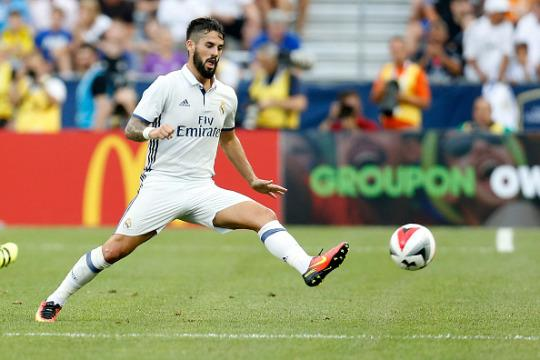 Hot Football Transfer Gossip: Tottenham 'make Isco swoop', Hart 'set for Italy move', Everton 'want Balotelli'