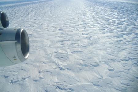Antarctic Glacier Flow Controlled by Speed Bumps Below