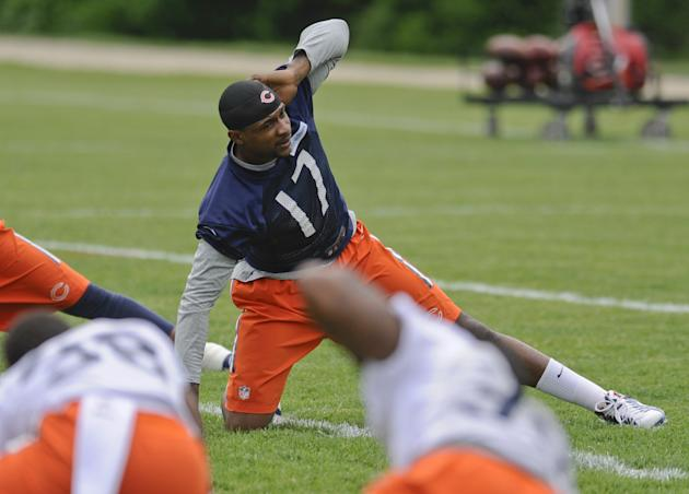 Bears enter 1st camp under Fox looking to put losing in past