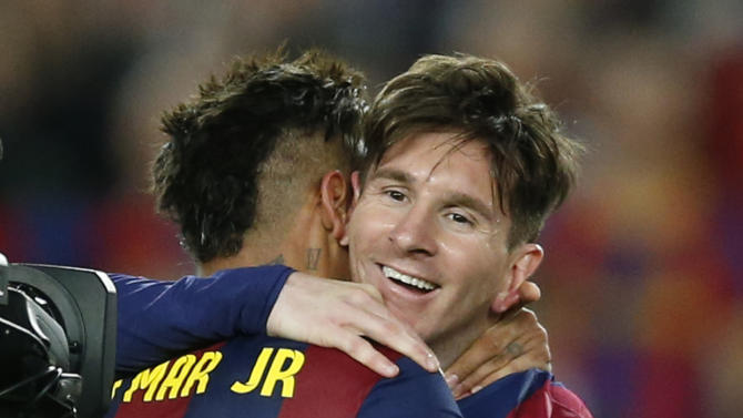 Messi nets 2, Barca beats Guardiola's Bayern 3-0 in CL semi