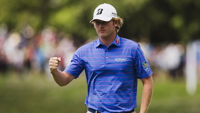 Golf - Snedeker takes early control