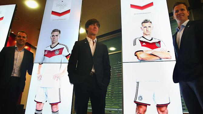 World Cup - Germany camp does not resemble a hospital, says Loew