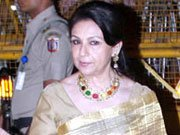 Sharmila Tagore hospitalised for food poisoning