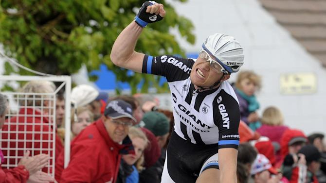 Cycling - Arndt wins third Dauphine stage; Froome retains yellow