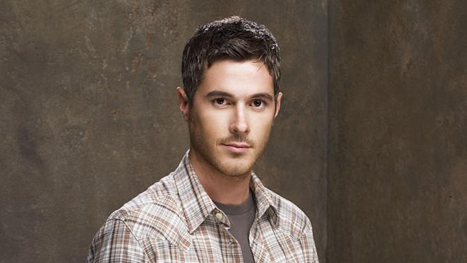 Dave Annable stars as Justin Walker on Brothers & Sisters.