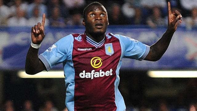 Premier League - Benteke receives Lambert backing