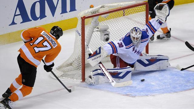 Ice Hockey - Simmonds goals help Flyers force decider against Rangers