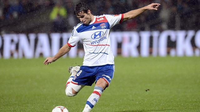 Ligue 1 - Lyon dismiss Gourcuff to Arsenal link