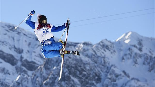 Freestyle Skiing - Frenchman Bonnaire a faller at the first