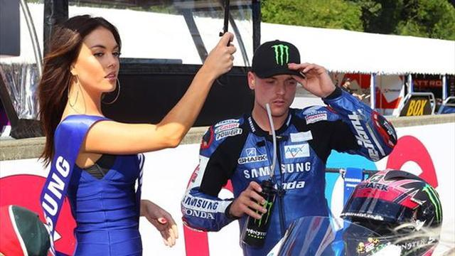 Superbikes - Cadwell BSB: Lowes does the double at home track