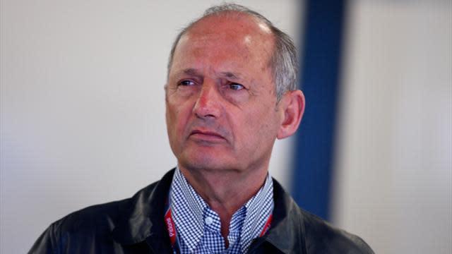 Formula 1 - Dennis keeping McLaren 'on its toes'