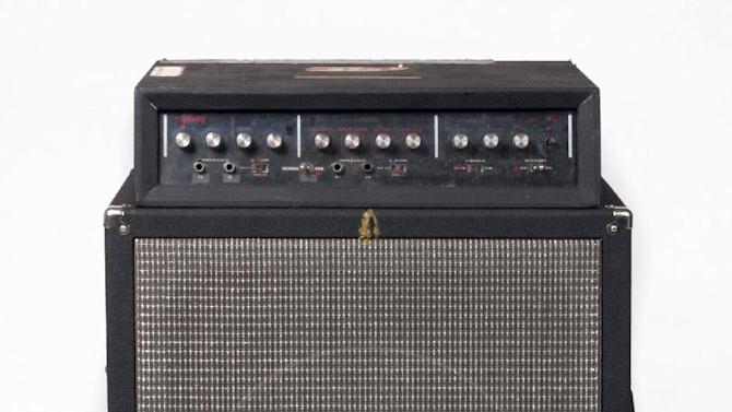 This undated image released by Julien's Auctions shows Les Paul's Gibson LP1 Guitar Amplifier Touring Rig prototype designed By Les Paul. This item is part of Les Paul's guitars and recording gear up for auction at Julien's Auctions from June 8, 2012 to June 10 in Beverly Hills, Calif. (AP Photo/Julien's Auctions)