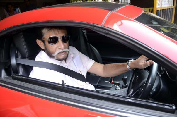 BCCI chief selector Sandeep Patil arrives at BCCI to announce Indian cricket team for India`s New Zealand tour, in Mumbai on Dec.31, 2013. (Photo: Sandeep Mahankal/IANS)