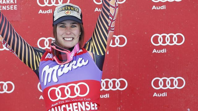 Alpine Skiing - Gagnon dislocates shoulder but will race on