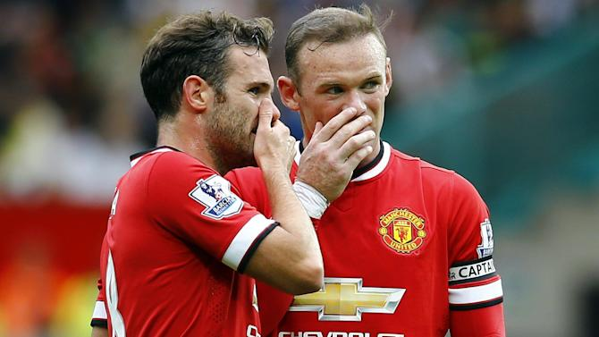 Premier League - Wayne Rooney free to star after Juan Mata blows chance