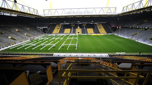 Bundesliga - Dortmund set new attendance record for home games