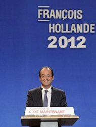 France's Socialist Party (PS) candidate for the 2012 French presidential election Francois Hollande gives a speech during a campaign meeting in the city of Lorient