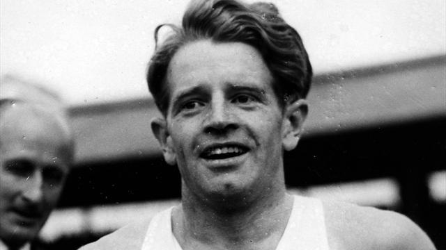 Athletics - Legendary British athlete Sir Chris Chataway dies