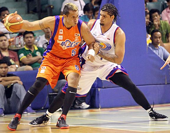 The Rock Asi Taulava declined Meralco's two-year offer. (PBA Images)