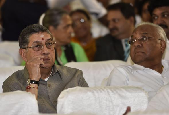 Chennai: (L to R) ICC chief N Srinivasan and former cricket administrator AC Muthaiah attends AIADMK chief J Jayalalithaa swearing-in ceremony as the chief minister of the southern state of Tamil Nadu