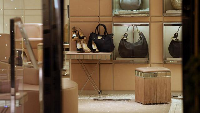Thieves Eye Luxury Goods During Holiday Season